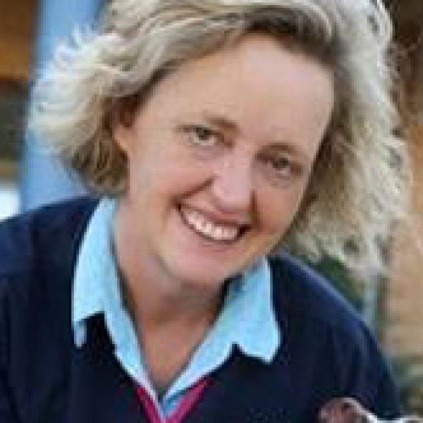Dr Helen Byrnes